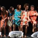 809548-actrices-piece-soeurs-macaluso-nouveau